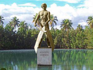 Estatua del pirata Cofresí en Cabo Rojo - Puerto Rico
