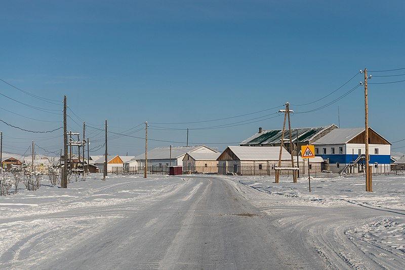 Oymyakon en Rusia, considerado el pueblo más frío del mundo. El Vodka les entona y ayuda.