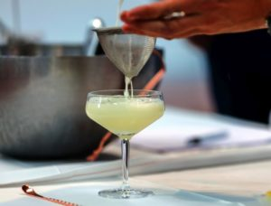 Gin Fizz-Colador
