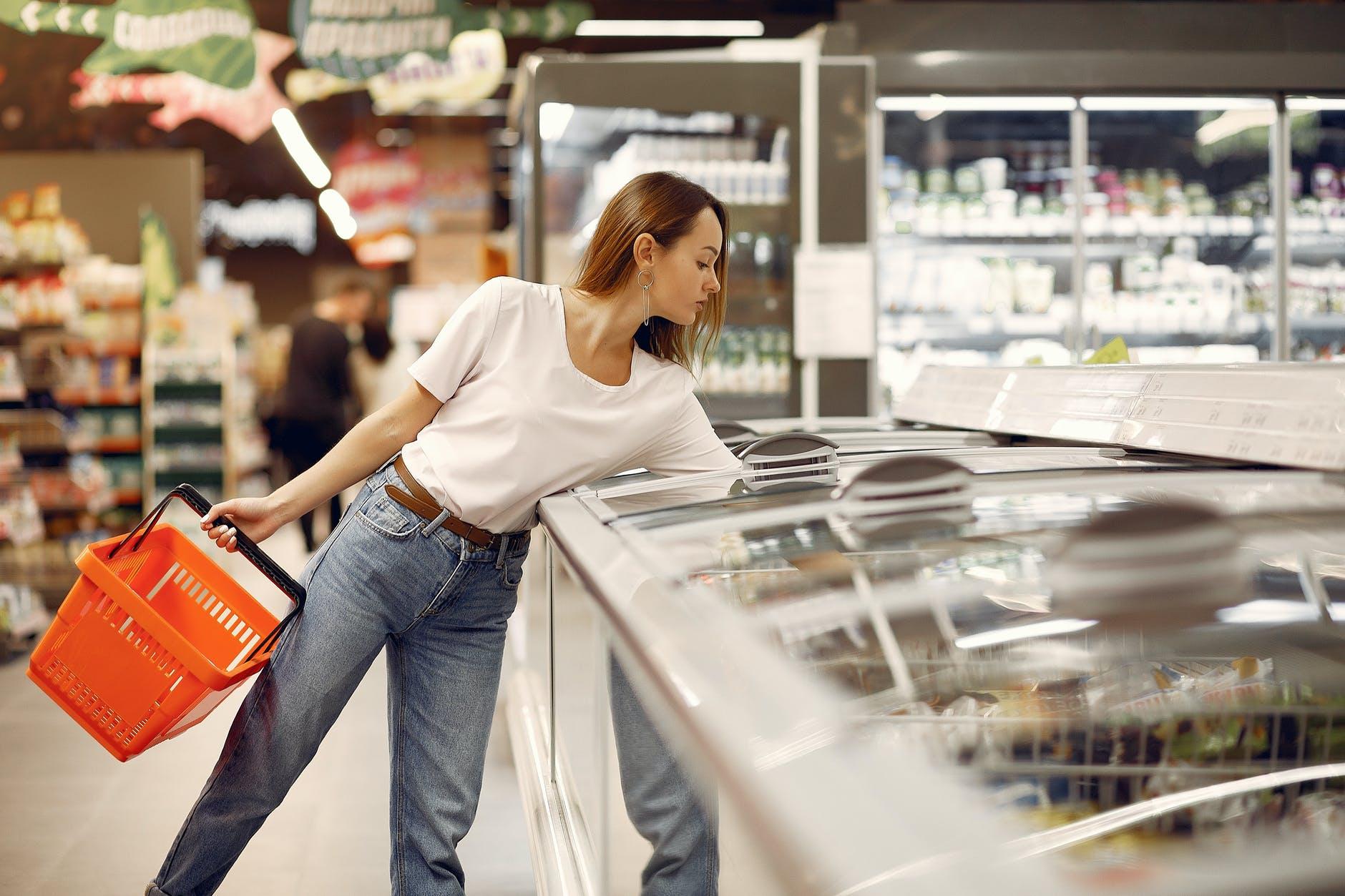 ¿Es mejor comprar hielo o crearlo en casa?