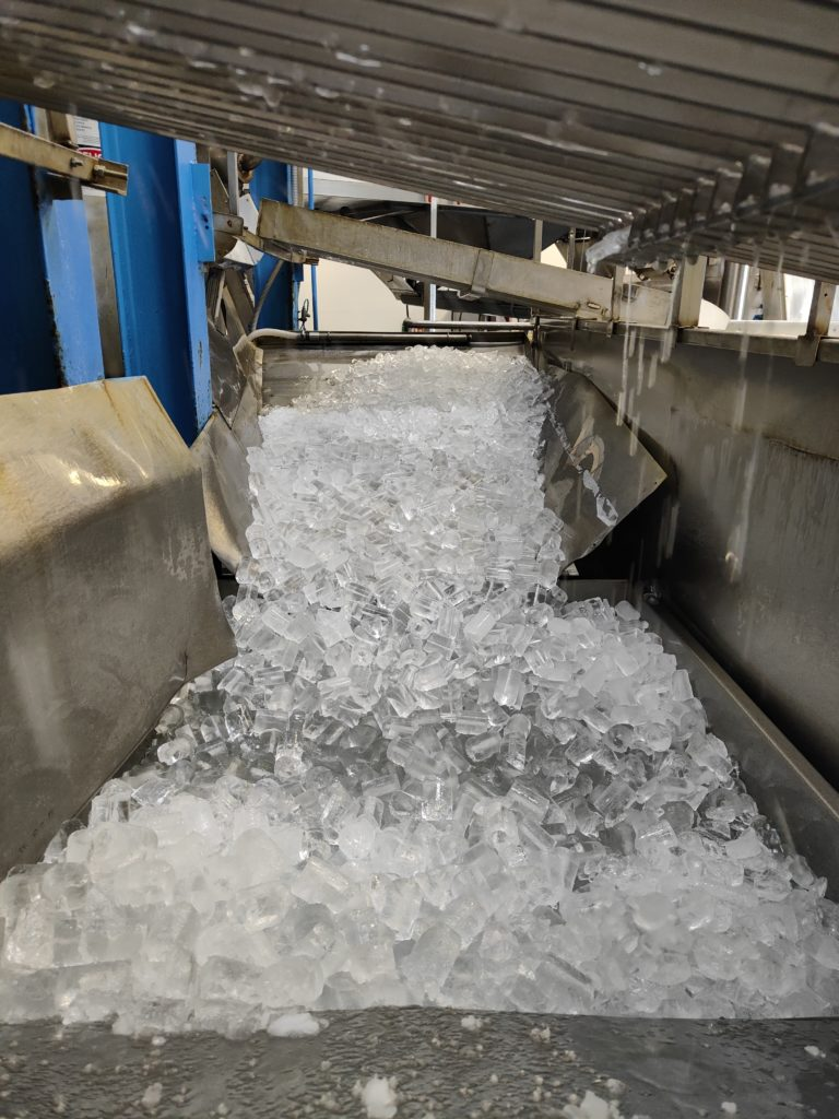 hielo en fabricación